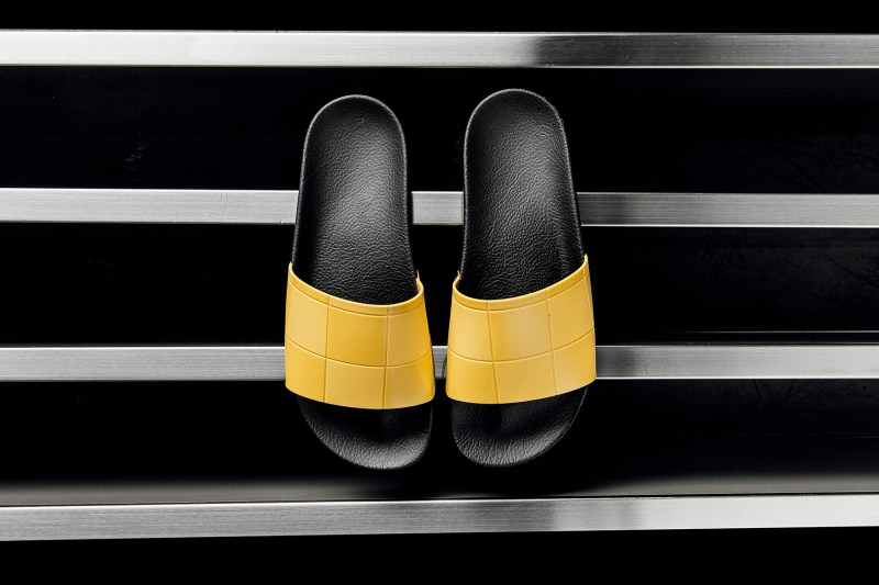 adidas Originals by Raf Simons 聯名 Adilette 全新「Checkerboard」系列